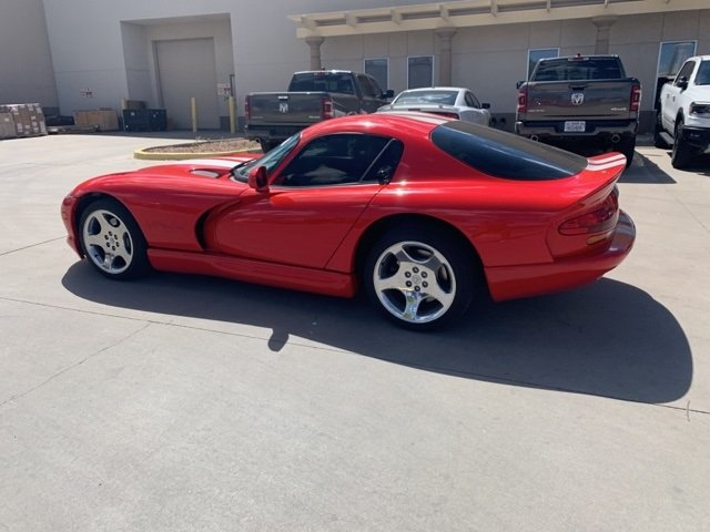 Pre-Owned 2000 Dodge Viper GTS